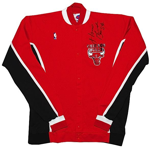 3f398ea2106 Lot Detail - 1990 Horace Grant Chicago Bulls Worn   Autographed Road ...