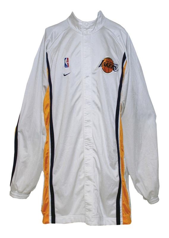 f4d76f9cdf7 Lot Detail - 1999-2000 Kobe Bryant Los Angeles Lakers Christmas Worn ...