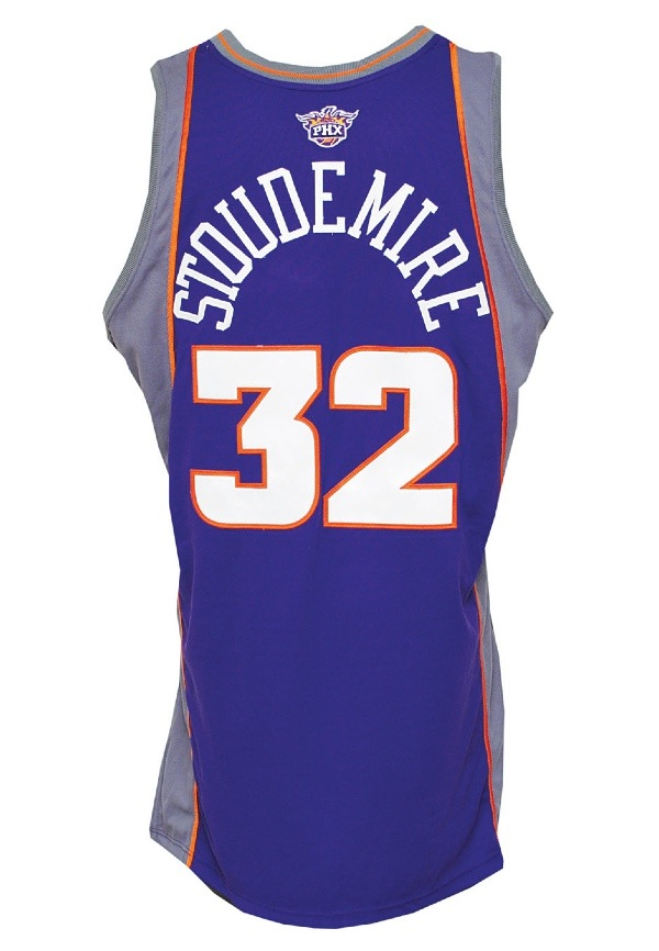 Lot Detail - 2005-06 Amar e Stoudemire Phoenix Suns Game-Used Road ... 112fb4071