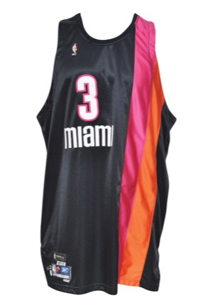 the latest 07053 54df6 Lot Detail - 2005-06 Dwyane Wade Miami Heat (1971-72 ...