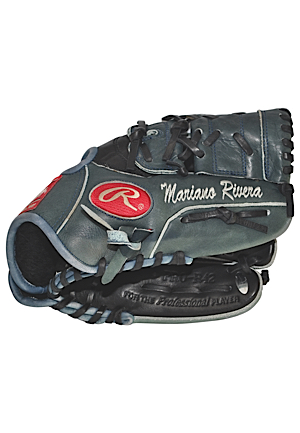 2002 Mariano Rivera New York Yankees Game-Used & Autographed Glove (Full JSA LOA • Esken LOA)