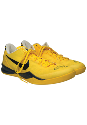 12/10/2013 Paul George Indiana Pacers Game-Used & Autographed Sneakers (JSA)