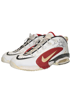 Scottie Pippen Chicago Bulls Game-Used & Autographed Sneakers (JSA)