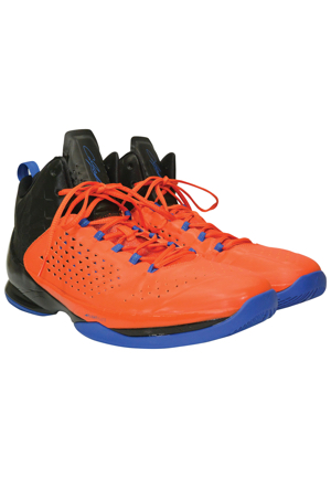 1/15/2015 Carmelo Anthony New York Knicks Global Games Game-Used Sneakers (Game In London Vs. Milwaukee Bucks)