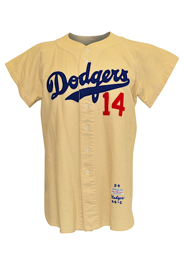 Lot Detail - 1954 Gil Hodges Brooklyn Dodgers Game-Used Home Flannel ... 0d9c7bf75bd