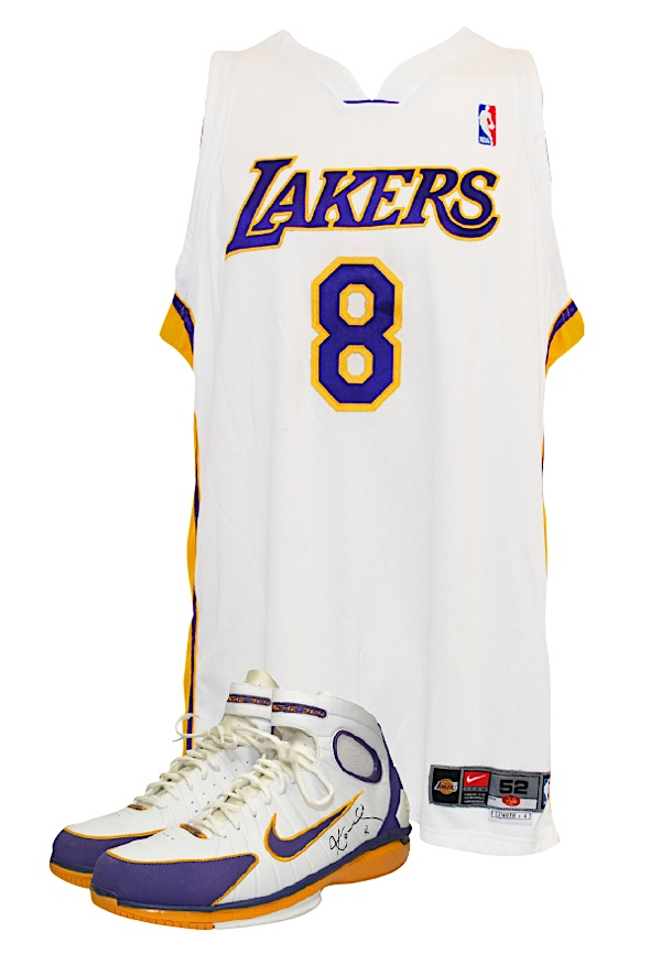b812d4f0e48 Lot Detail - 2003-04 Kobe Bryant Los Angeles Lakers Game-Used Sunday ...