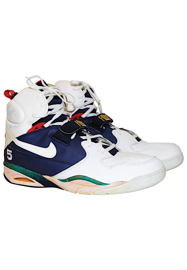 2b7073bf1e1 Lot Detail - 1992 David Robinson USA Basketball Olympic
