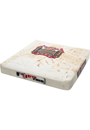 10/1/2006 St. Louis Cardinals Game-Used First Base From Pujols 250th Career HR & Division Clinching Game (MLB Authenticated)