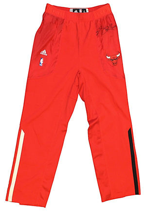 2011-12 Chicago Bulls Player-Worn & Autographed Warm-Up Pants Attributed To Derrick Rose (JSA)(CharitaBulls LOA)