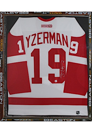 Steve Yzerman Detroit Red Wings Autographed Jersey Display Piece With Unique Game Used Hockey Stick Frame (JSA)