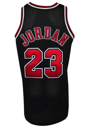 1997-98 Michael Jordan Chicago Bulls Game-Used Black Alternate Uniform (2)(Championship Season & MVP Season)